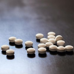 Learn about opioid risks and earn a CE credit Dec. 5