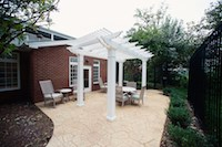 The memory care garden at Commonwealth Senior Living at Charlottesville.
