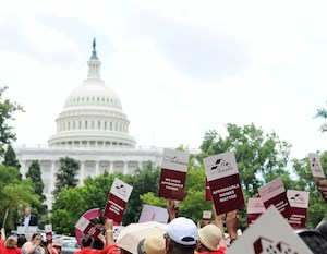 More than 1,100 residents of Section 202 housing joined members of Congress Tuesday at a LeadingAge rally in Washington to advocate for affordable housing funding.
