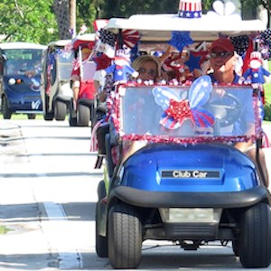 Executive Director Penny Smith and Head PGA Golf Pro Stan Geer led the procession.