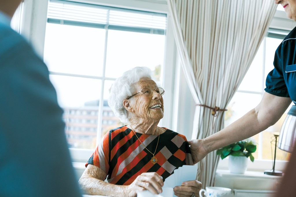 Senior living will grow at skilled care's expense through 2021, report predicts